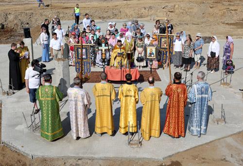 Торжественная закладка Ольгинского храма в Новом Девяткине